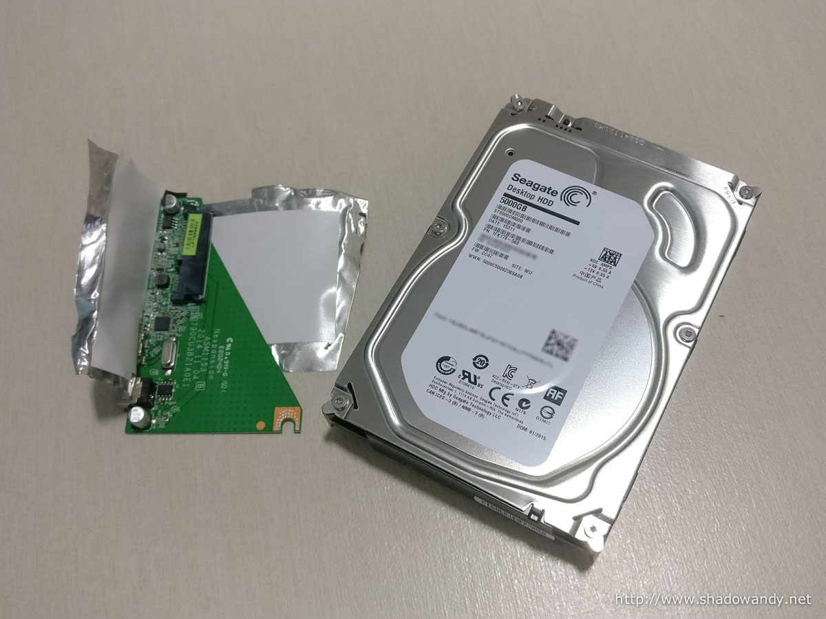 It is a drive managed SMR drive. The model is ST5000DM000